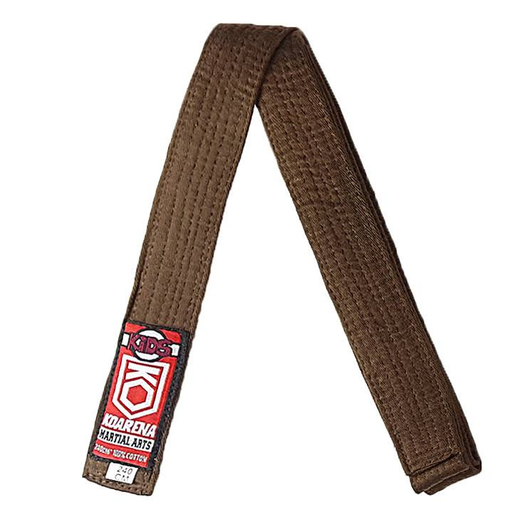cinturon marron de judo para niño